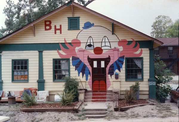 Famous clown house in Auburn
